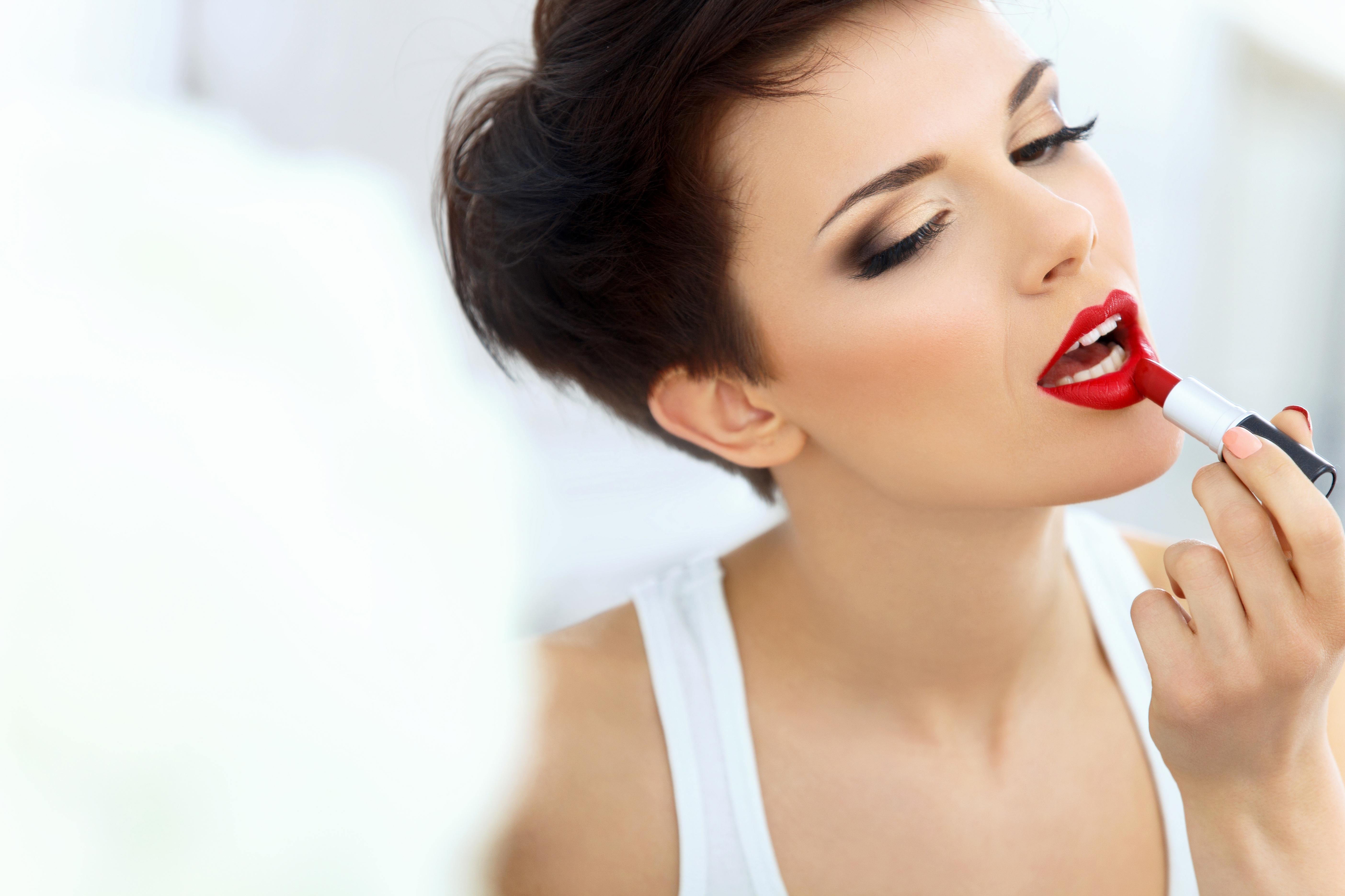Маски для нежных губ