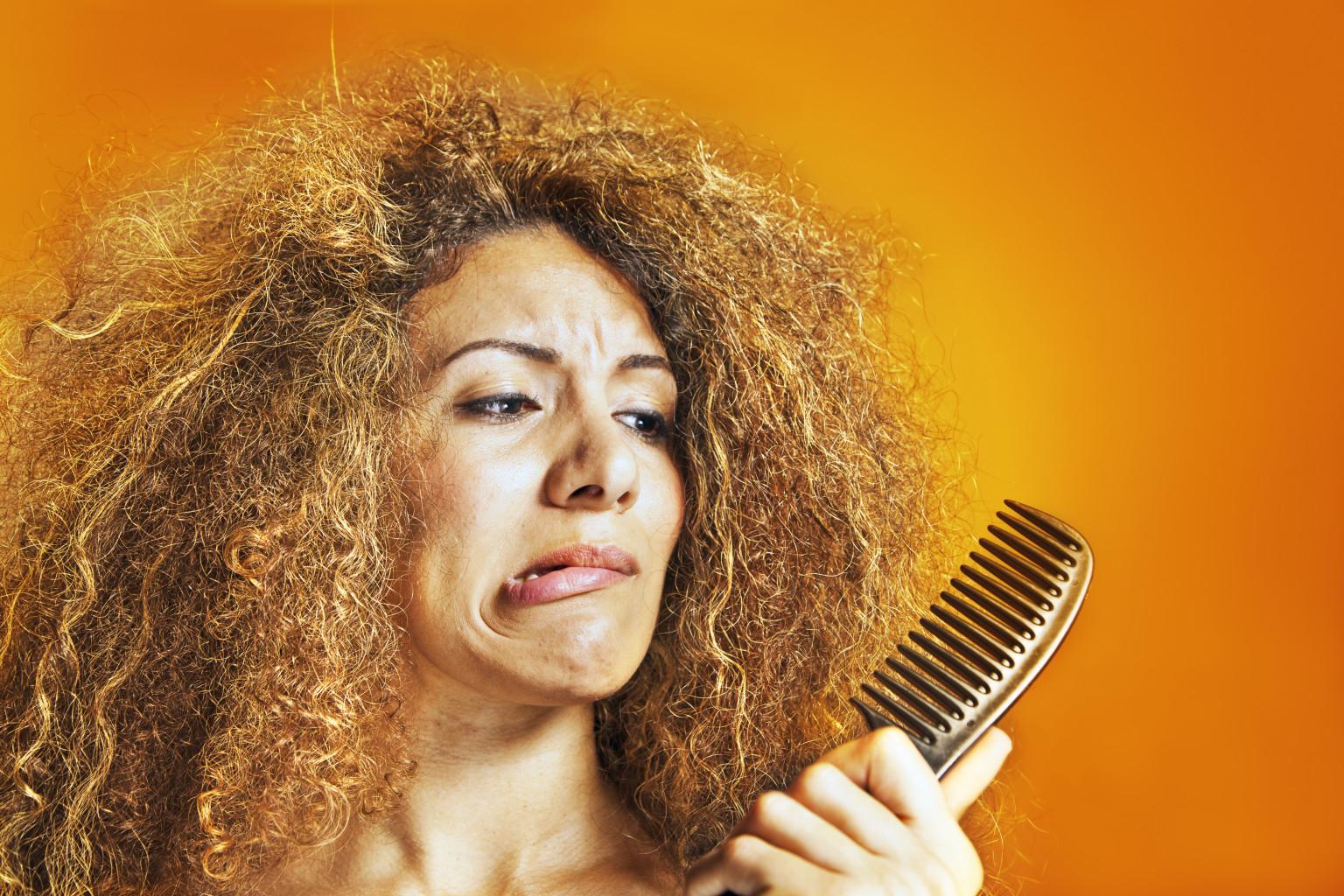 Домашние маски против сухих и ломких волос