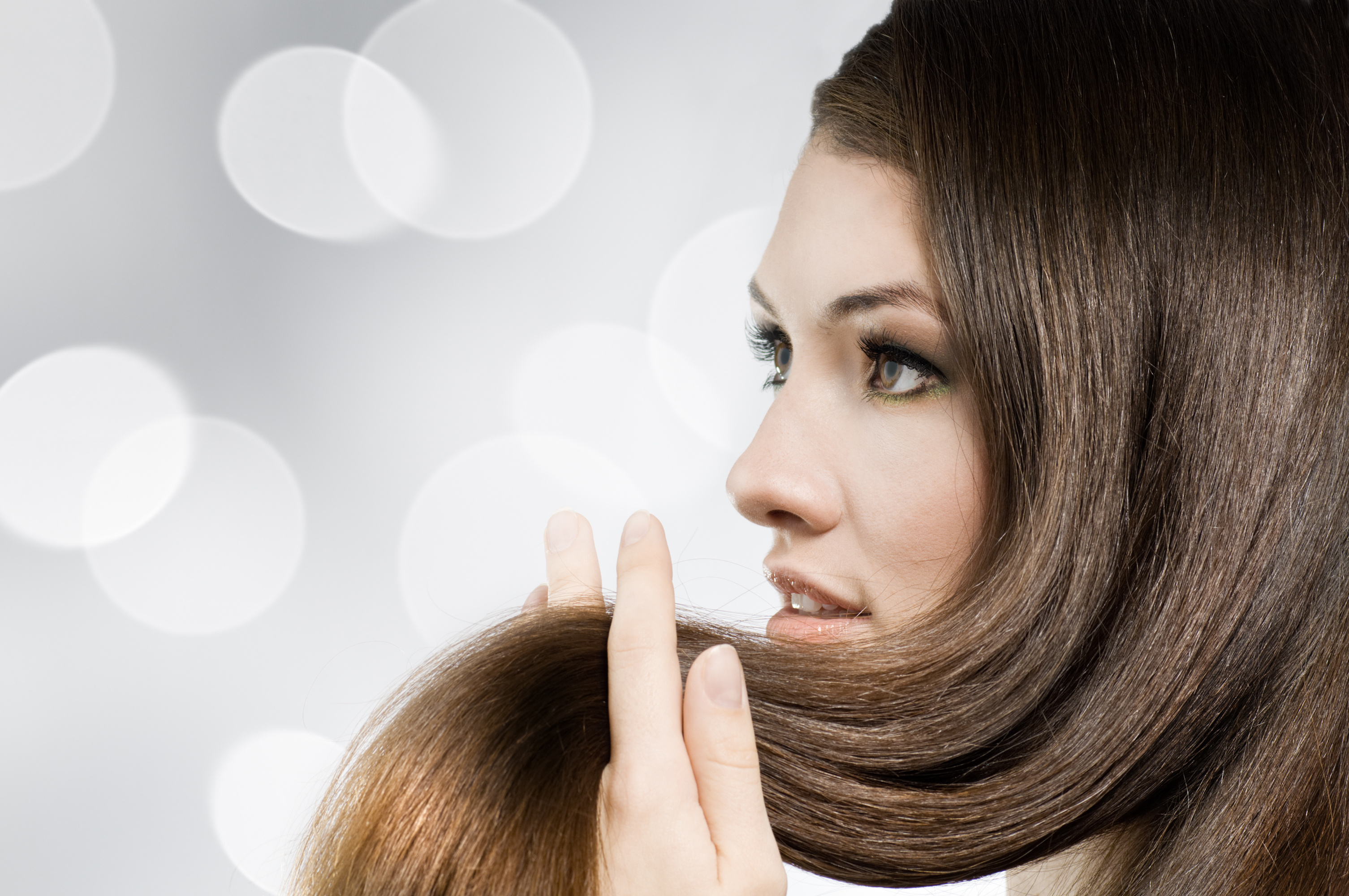 Кому показано молекулярное восстановление волос?