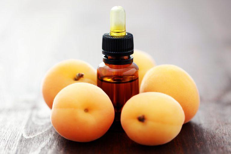 Химический состав и польза абрикосового масла