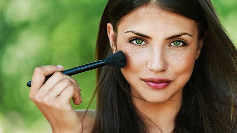 Лучшие производители натуральной косметики — обзор брендов и средств.