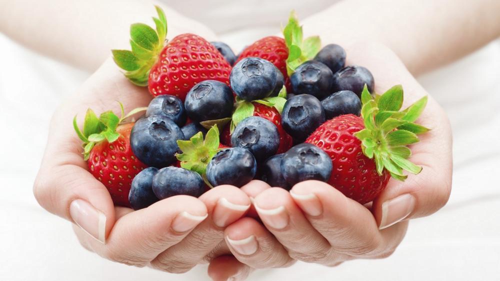 Какую ягоду выбрать для маски из ягод
