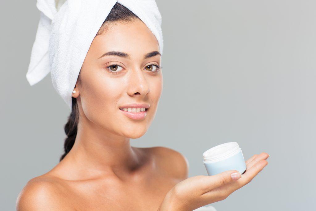 Гиалуроновая кислота в составе крема для лица: полезные свойства, обзор лучших средств