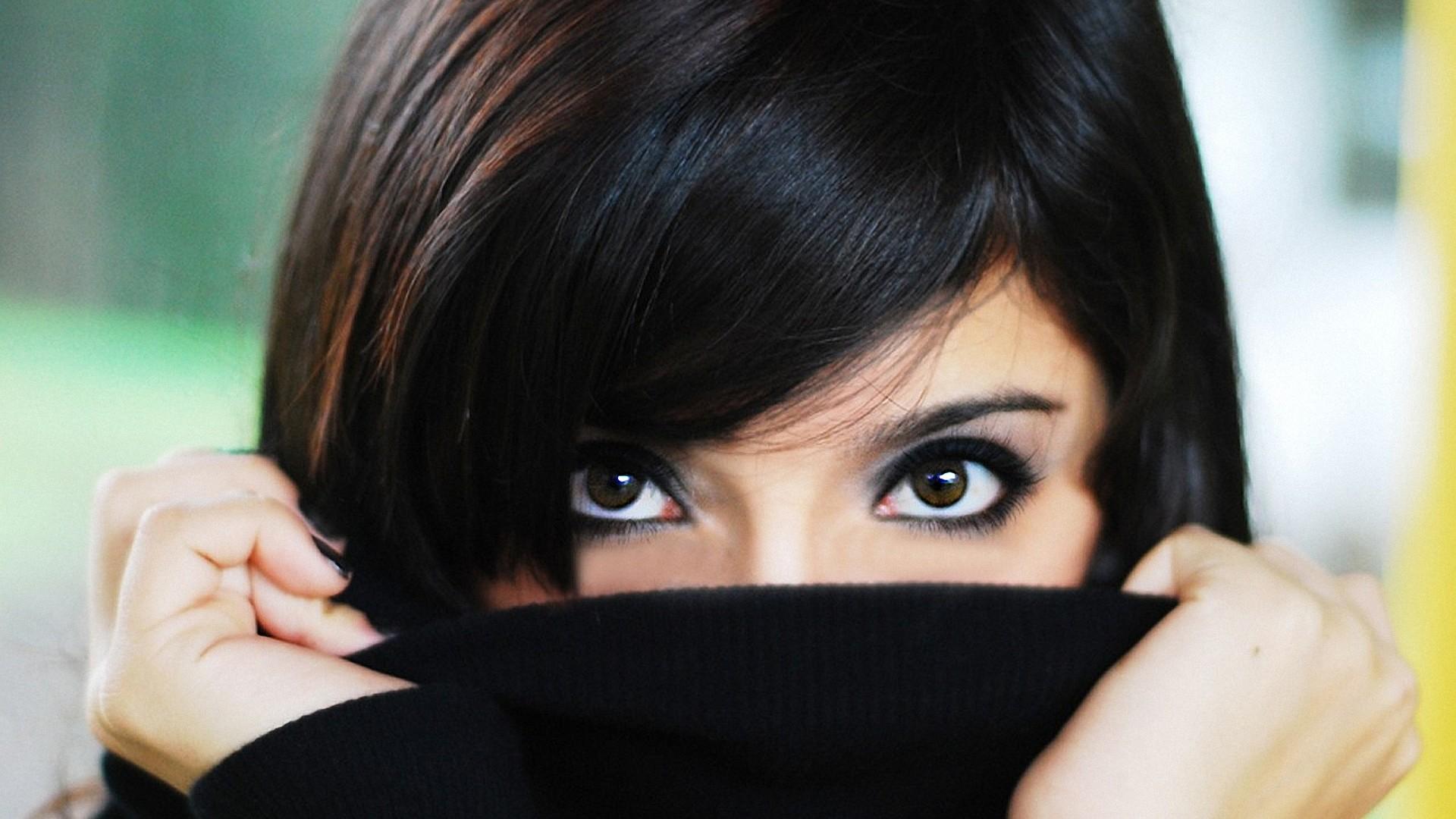 Способы удаления волос на лице: домашние методы и салонные процедуры