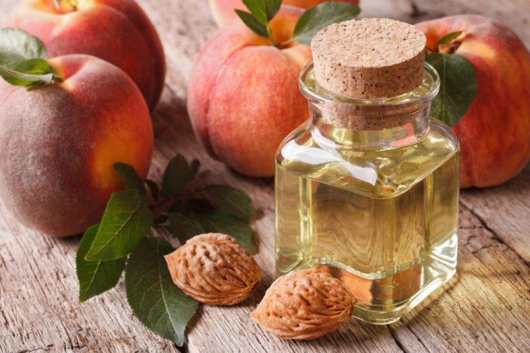 Описание продукта и эфективность персиковогомасла для волос и лица.