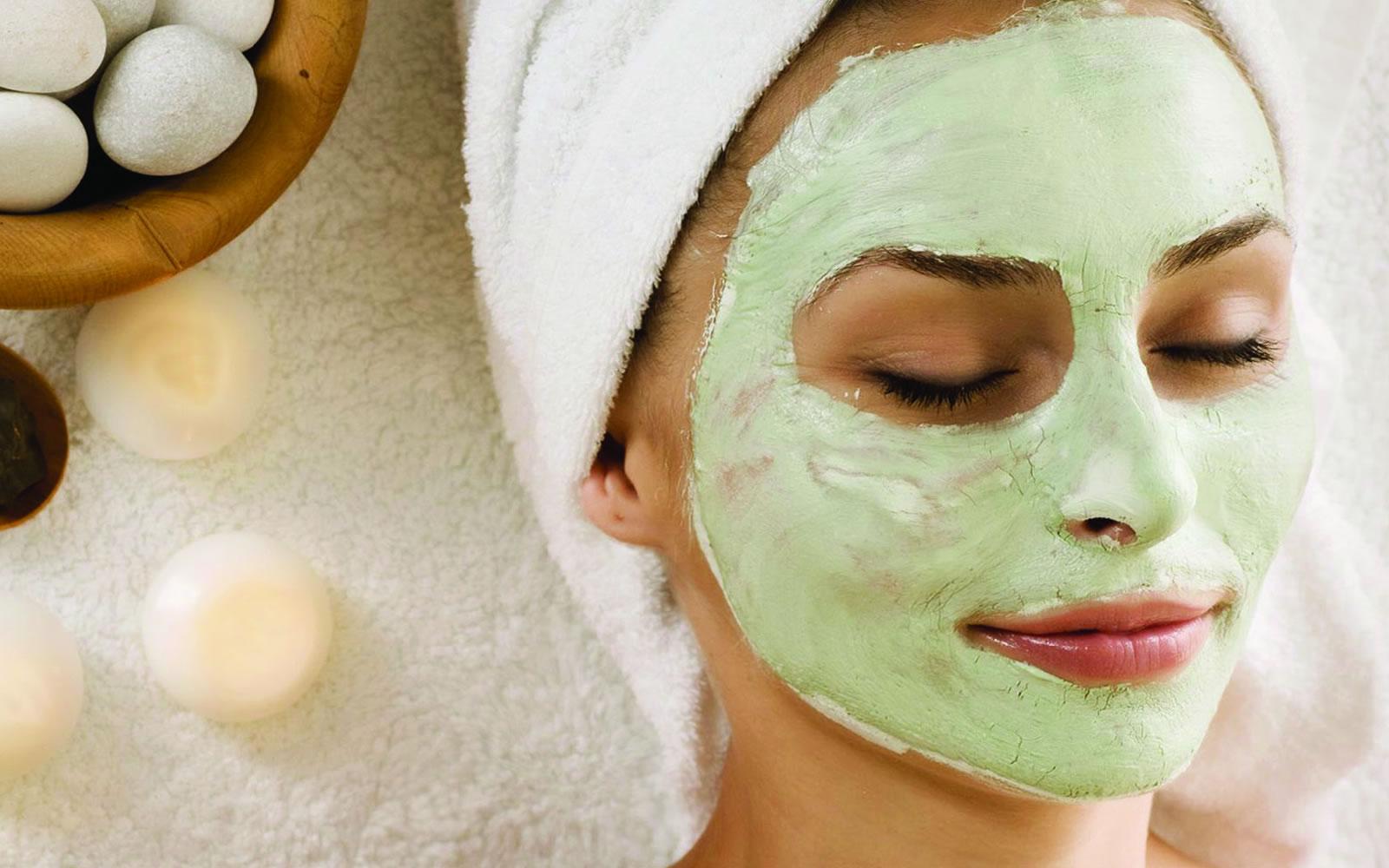 Правила использования и лучшие рецепты масок из киви для лица.
