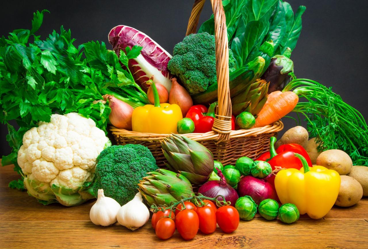 Список полезных овощей для кожи лица и правила применения.
