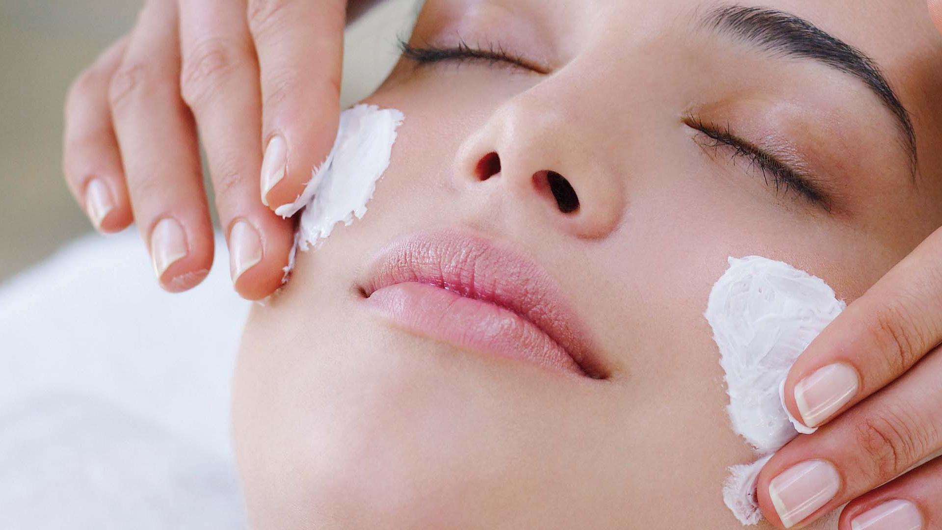 Как отбелить кожу лица: эффективные рецепты и рекомендации