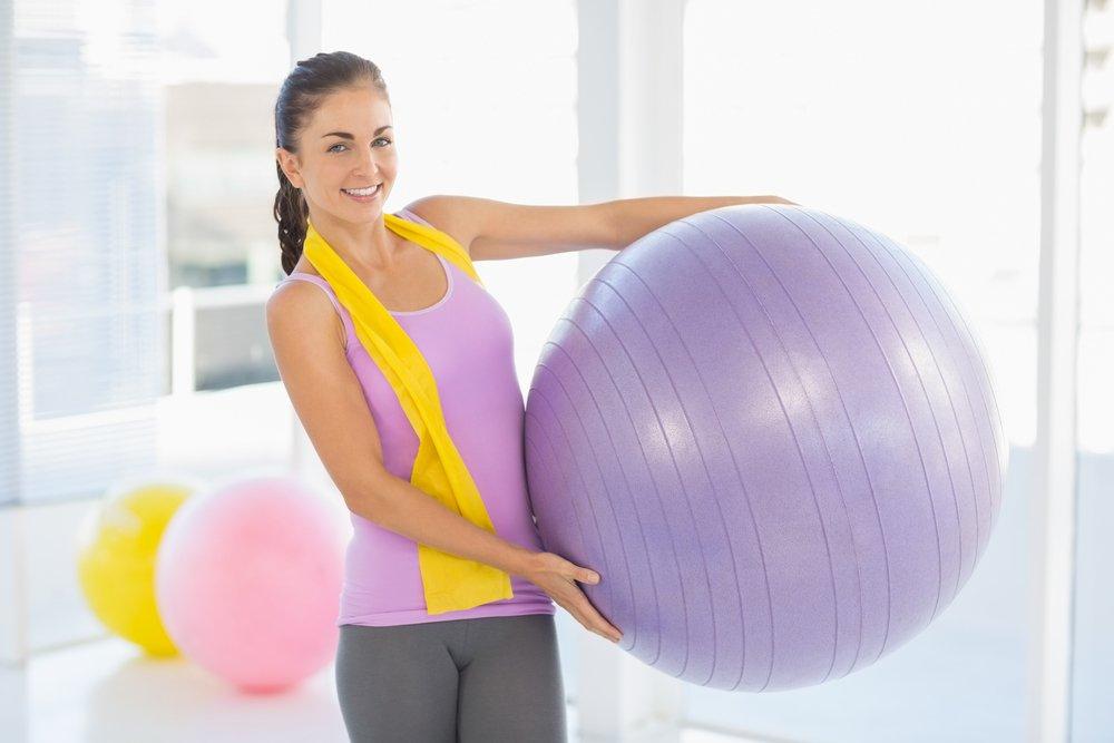 Упражнения на мяче для похудения: комплекс упражнений для живота и ягодиц