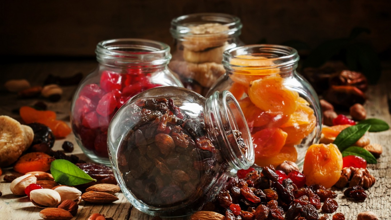 Полезны ли сухофрукты для похудения во время диеты?