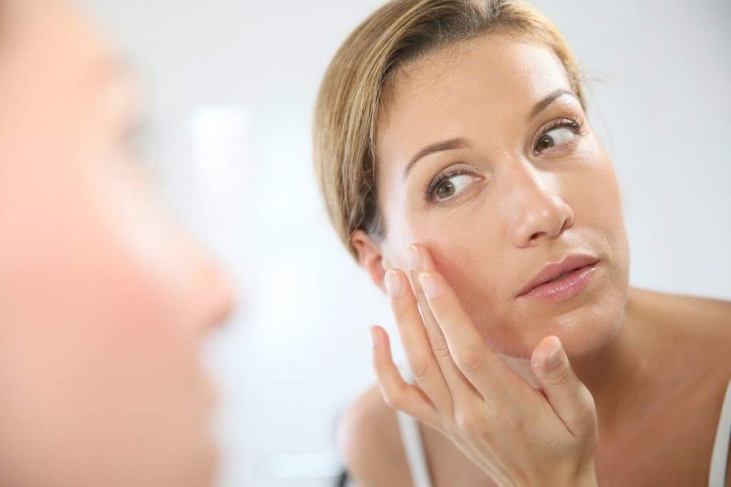Использование растительных масок, кремов и ботокса.