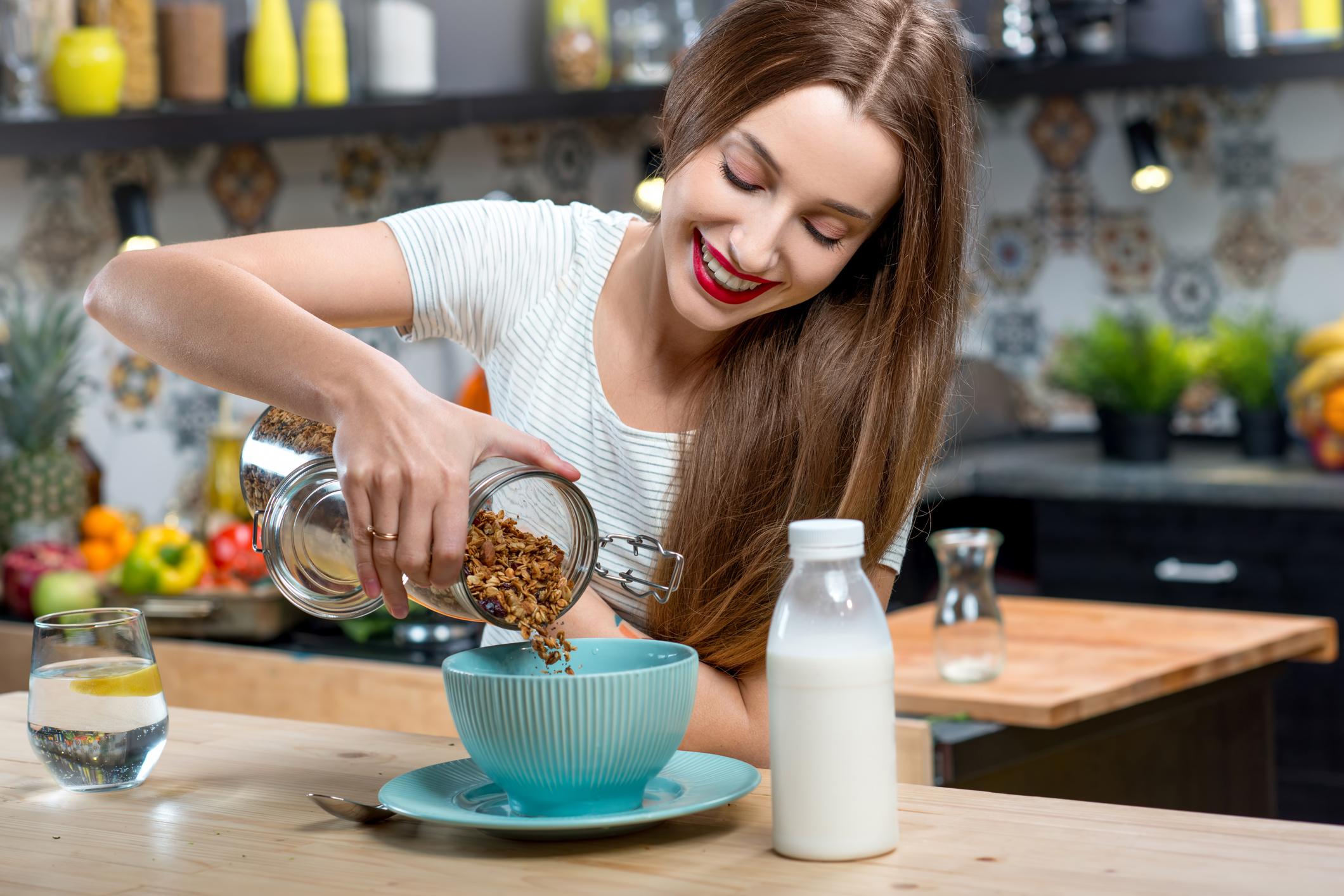 Как держать диету гречки с молоком и кефиром?