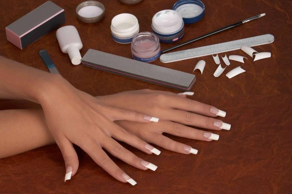 Перечень оборудования и материалов для наращивания ногтей!